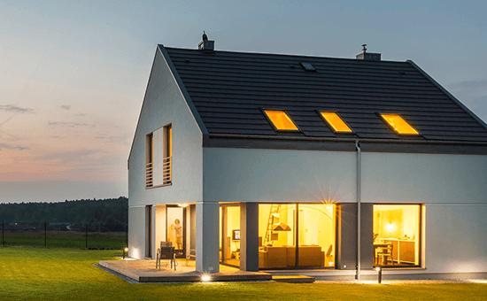 Symbolbild Haus von innen erleuchtet