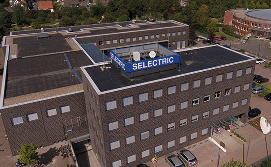 Luftaufnahme vom SELECTRIC Firmengebäude